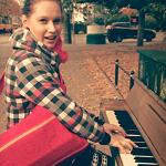 S piano